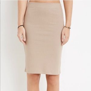 • Forever 21 • Tan Ribbed Stretch Pencil Skirt